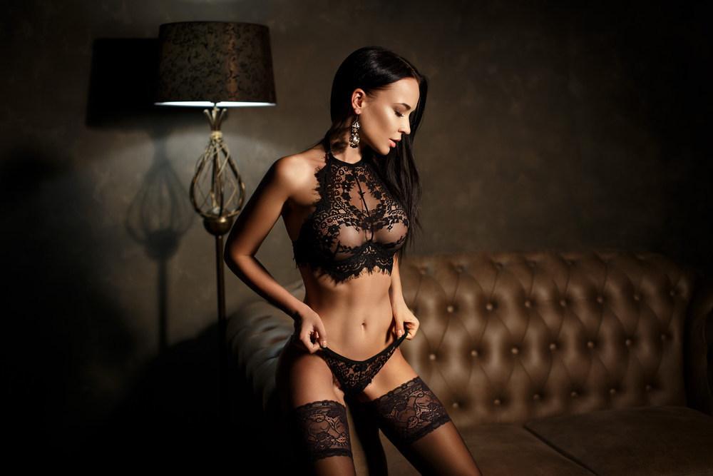 256b5d3956 Čierne spodné prádlo zaručene zabezpečí žhavú noc